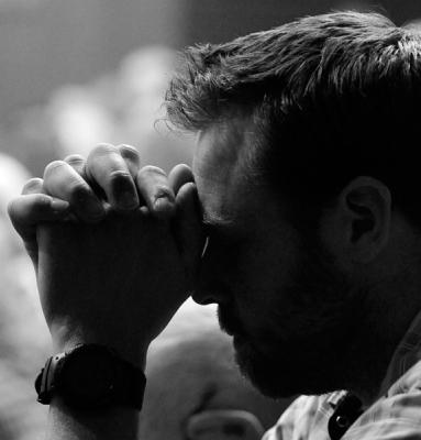 ده طریقی که قدرت شفای خداوند جاری می شوند