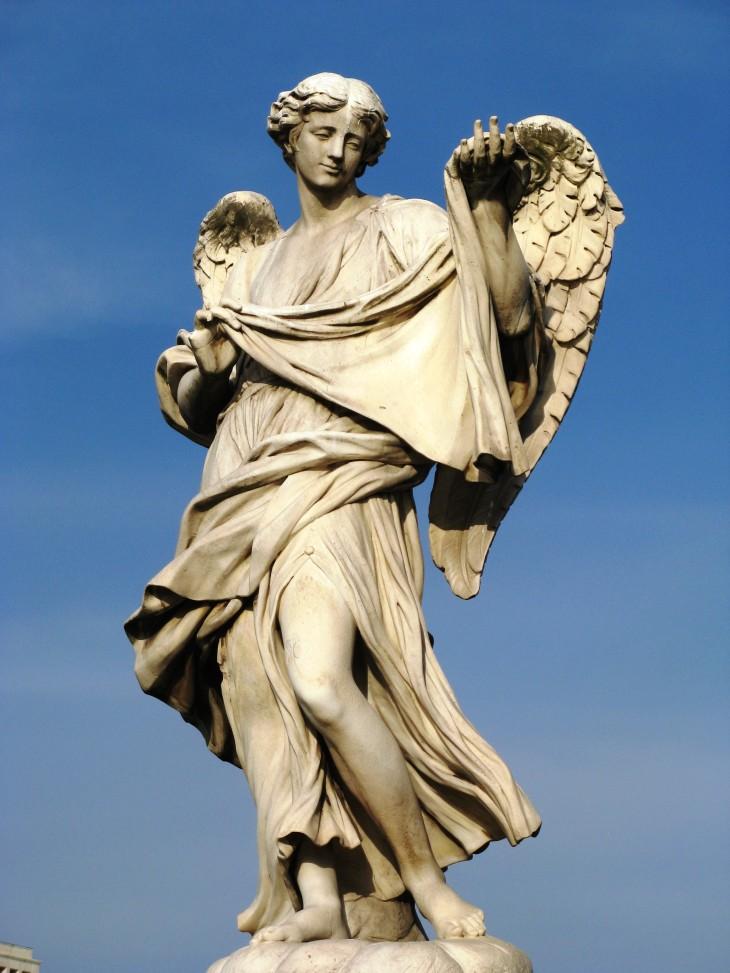 آیا کتابمقدس به وجود فرشتگان اعتقاد دارد؟