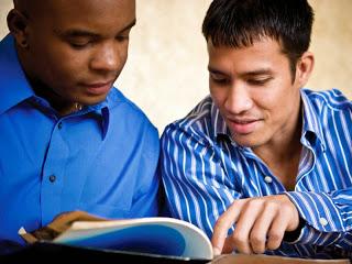 بعنوان یک مسیح چگونه می توانم ایمان خود را با دیگران در میان بگذارم؟